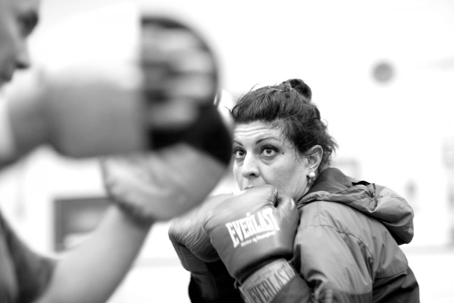 http://www.ldescognets.com/files/gimgs/th-92_LYNN_BOXING_676BW.jpg